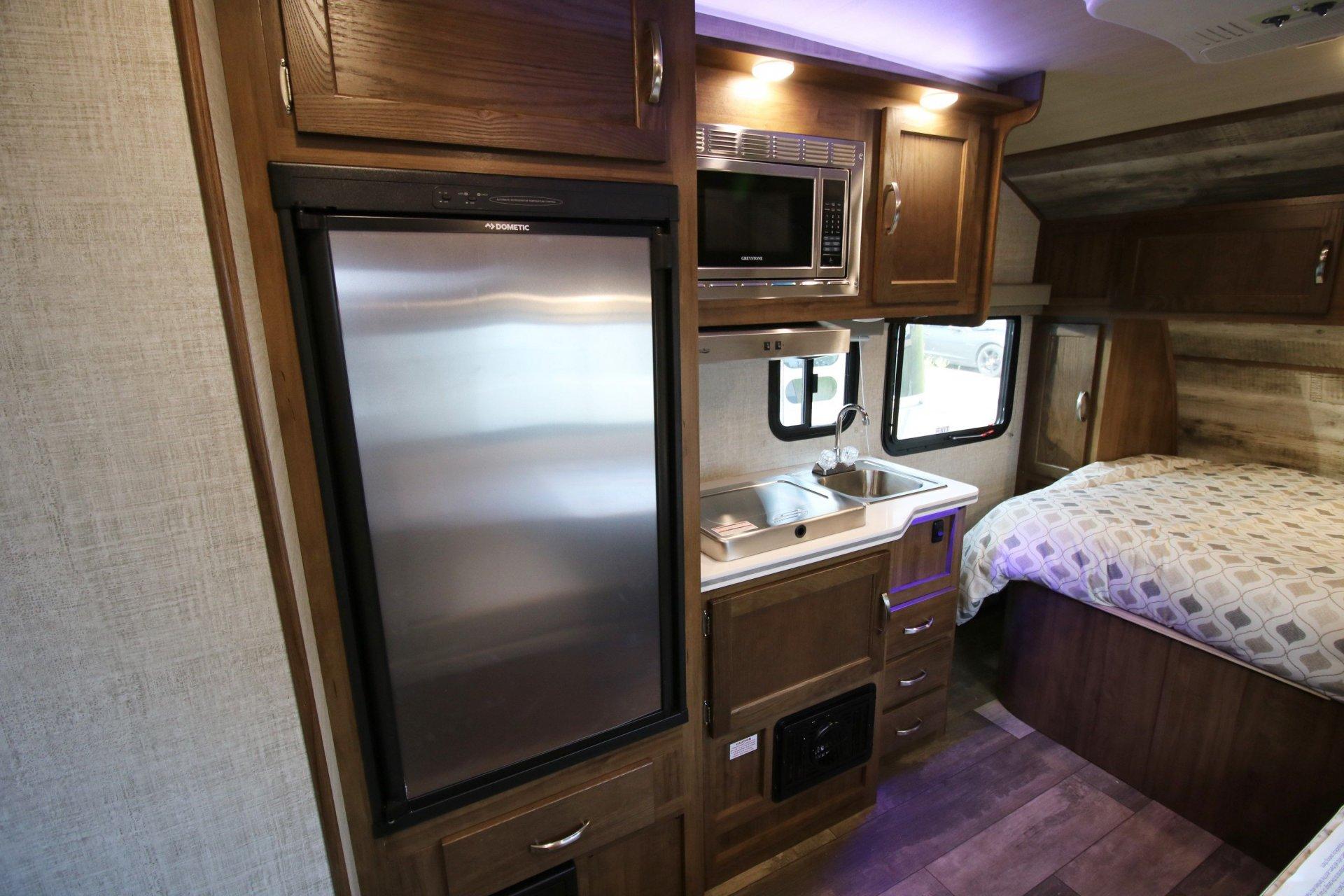 2021 GULFSTREAM VISTA CRUISER 17SCD - Airstreams   Campers ...
