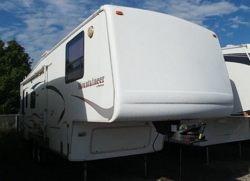 2004 KEYSTONE MOUNTAINEER 298RLS