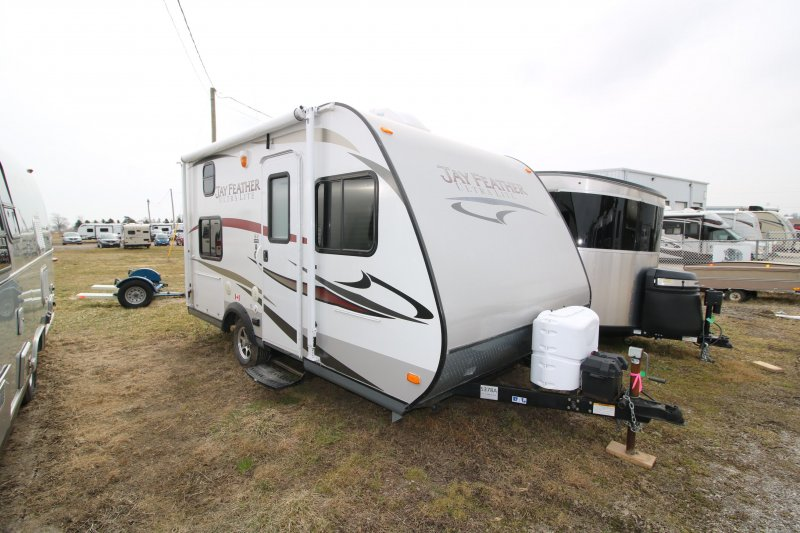 2014 JAYCO JAY FEATHER 16V *CURRENTLY UNAVAILABLE*