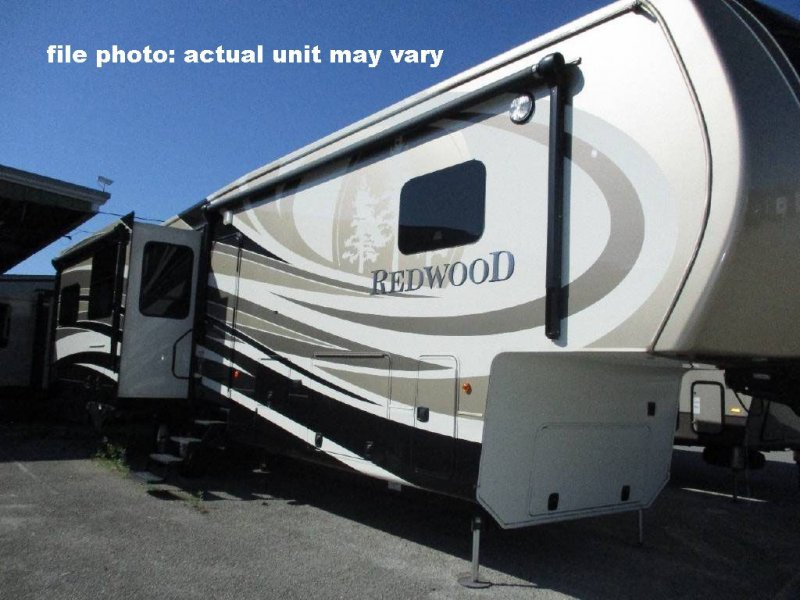 2016 CROSSROADS REDWOOD 3401RL