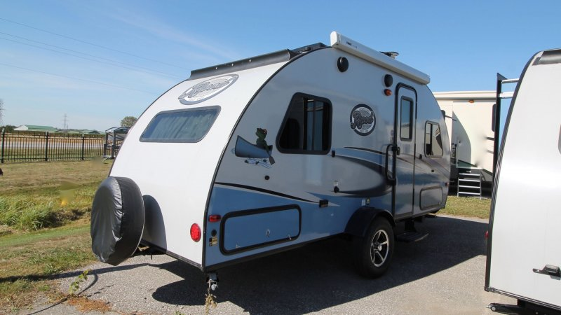 2018 FOREST RIVER R-POD RP178