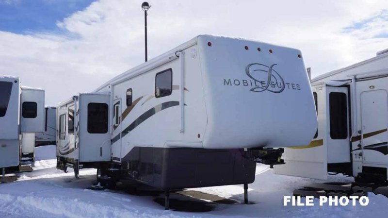 2006 DRV MOBILE SUITES 36