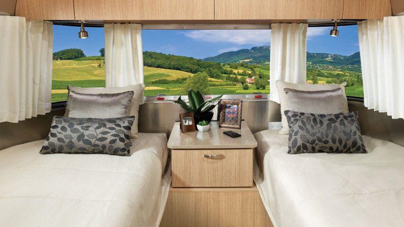 2020 AIRSTREAM AIRSTREAM FLYING CLOUD 26RBT