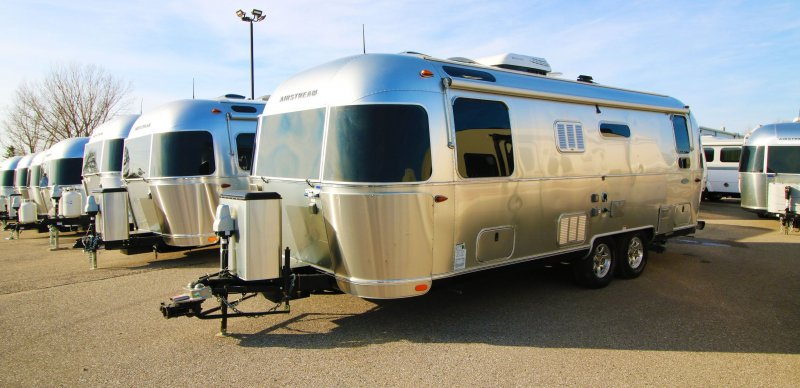 2017 AIRSTREAM FLYING CLOUD 25RBT