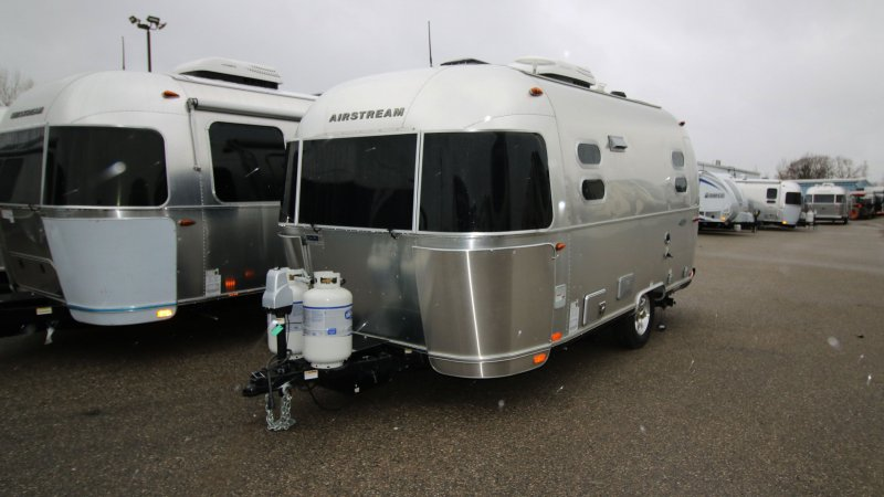 2017 AIRSTREAM AIRSTREAM FLYING CLOUD 19CNB