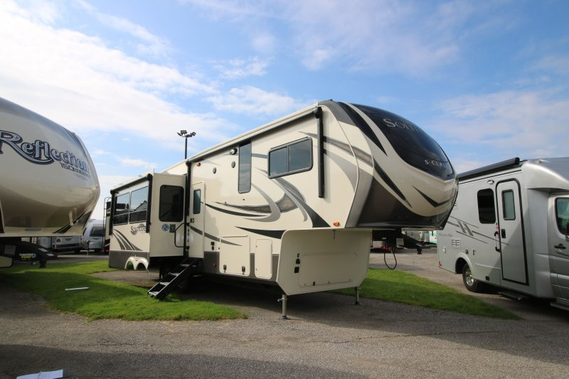 2019 GRAND DESIGN SOLITUDE 2930RL